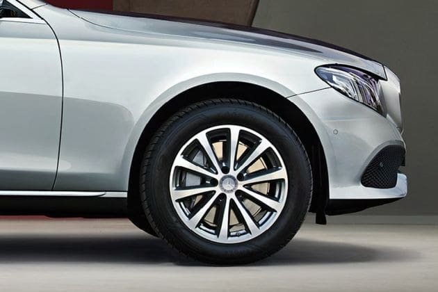 Mercedes-benz E-class (HT Auto photo)