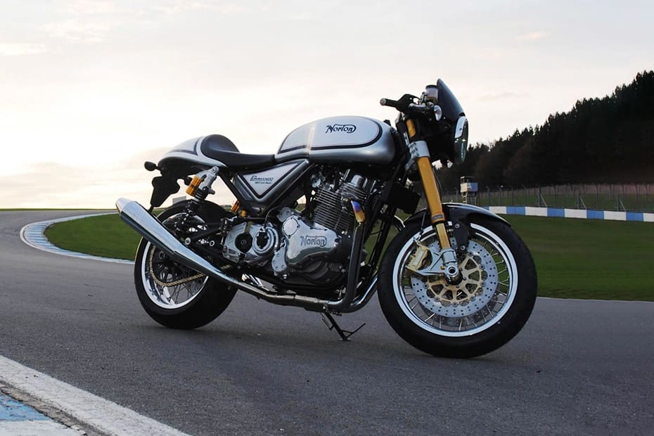 Norton Commando 961 Cafe Racer (HT Auto photo)