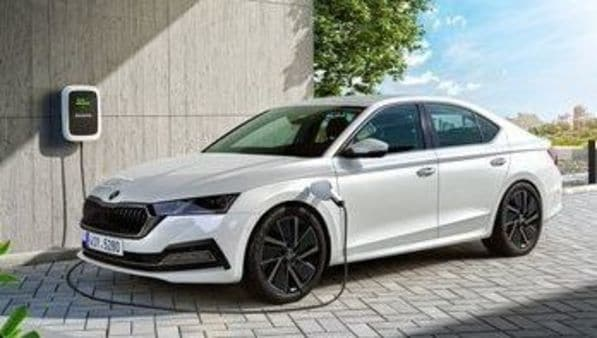 The 2020 Octavia is powered by a 1.0-litre TSI petrol engine with max power of 109 bhp and 200 Nm torque. There is also the presence of a mild-hybrid technology. An Octavia iV is also on offer. This is a plug-in hybrid version of the car and makes use of a 1.4-litre turbo petrol engine with an electric motor. The two together make for max power of 201 bhp and 350 Nm torque. In full electric mode, the company says the range is about 55 kilometers. There is also a diesel option with a 2.0-litre TDI engine. (Photo: Twitter/Ondrej_Lanik)