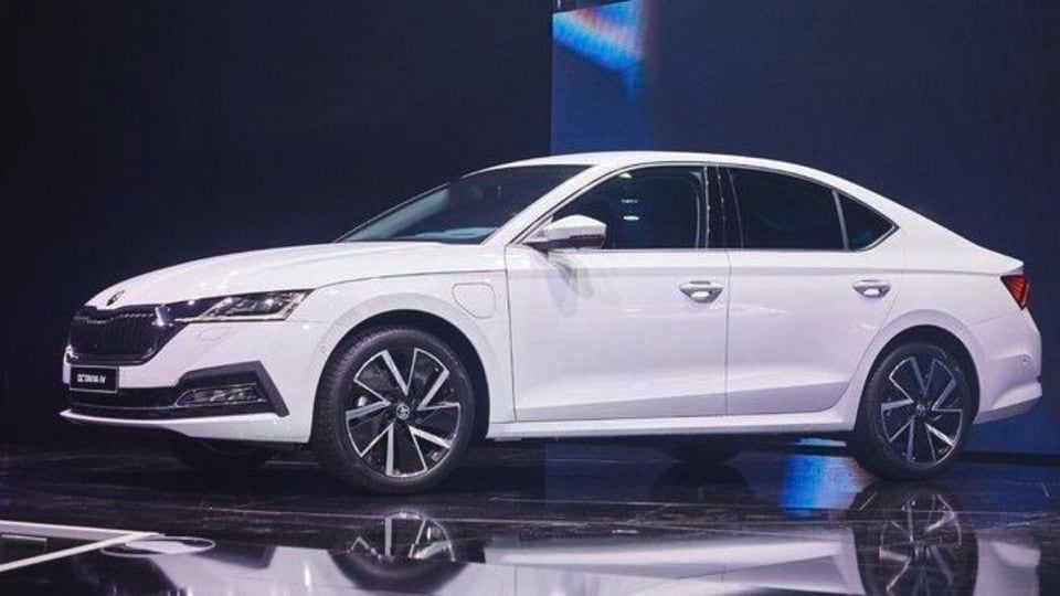 Skoda has taken the covers off the fourth-generation Octavia and promises not just futuristic visual appeal but a sedan that has the tech to take on the demands of the current times. (Photo: Twitter/SkodaAutoNews)