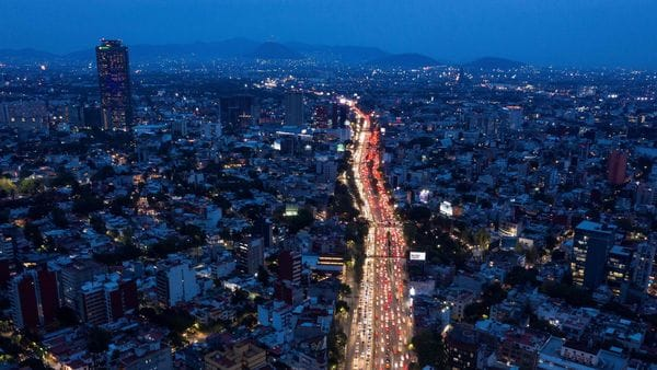 Aerial view of peak hours in Mexico City. (AFP)