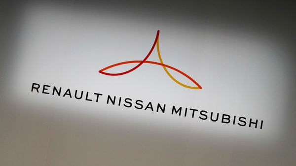 FILE PHOTO: The logo of the Renault-Nissan-Mitsubishi alliance (REUTERS)