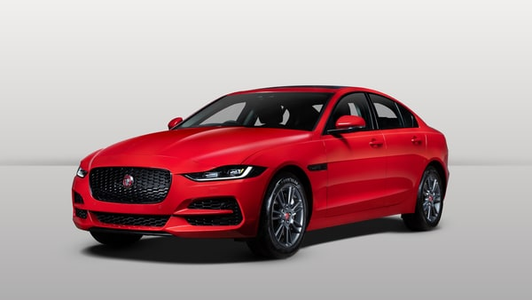Jaguar has launched the new XE at a starting price of  <span class='webrupee'>₹</span>44.98 lakh (ex showroom).