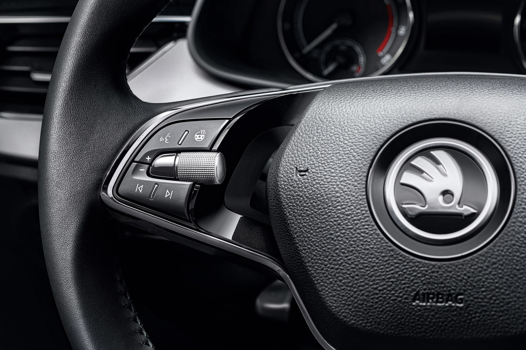 The car also is the first Skoda model in Russia to get a 2-spoke heated steering wheel