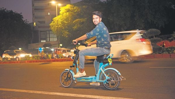 A large chunk of the funding in shared mobility platforms in 2018 and 2019 were focused on Bengaluru-based two-wheeler rental startups—Bounce, VOGO, and Yulu.priyanka parashar/mint