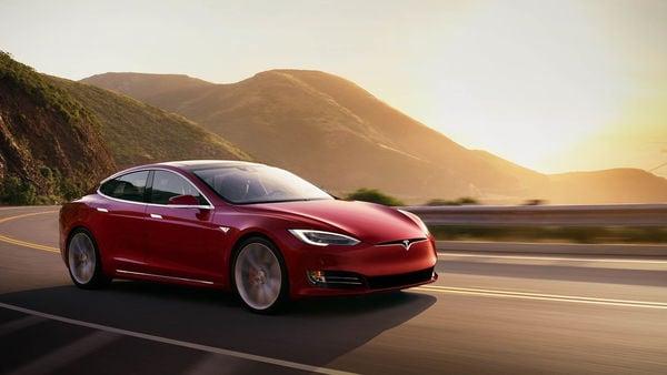 Photo of a Tesla Model S car (Photo courtesy: tesla.com)