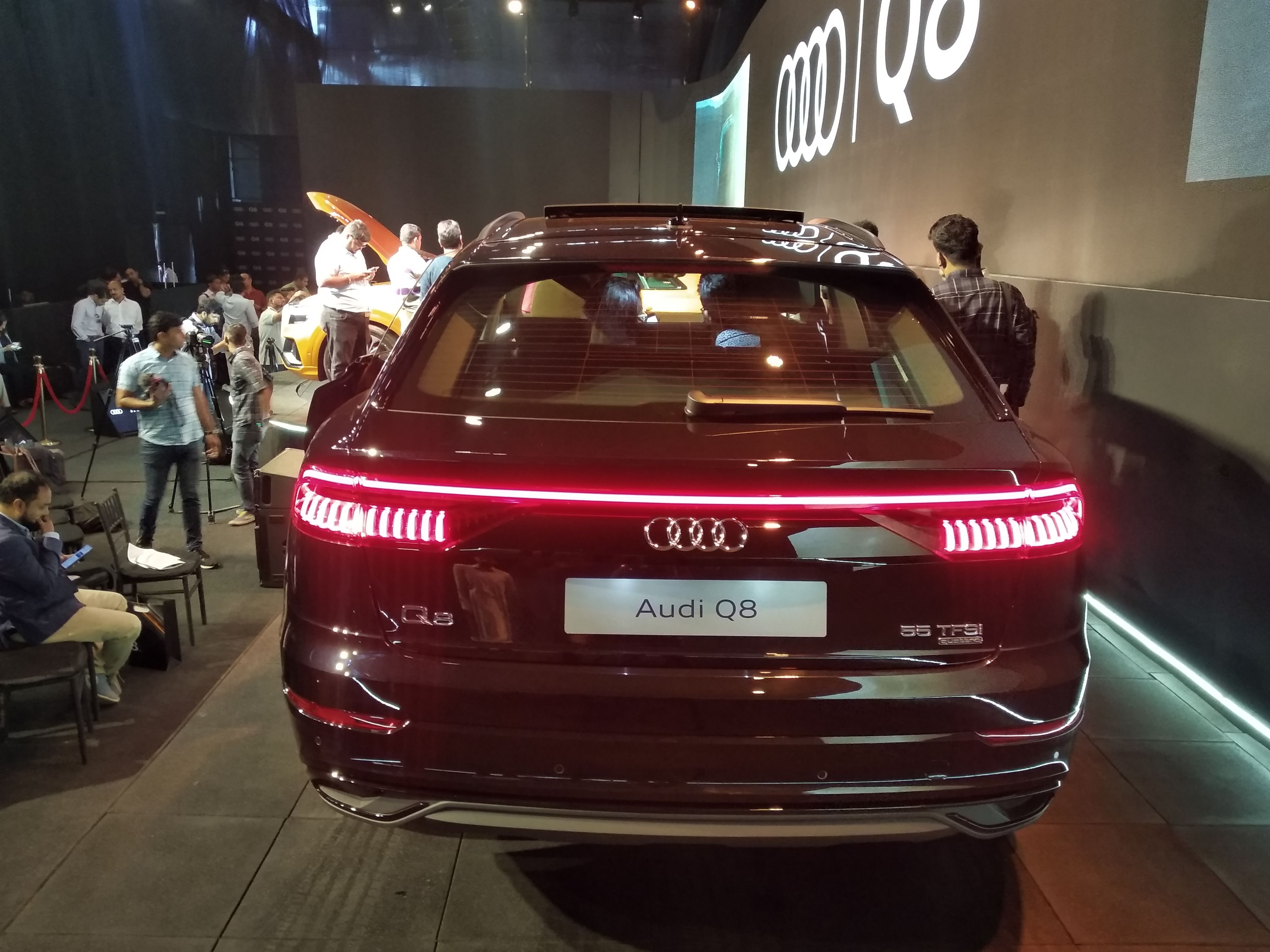 Powered by a 3.0-litre TFSI petrol engine, the Q8 puts out 340 hp of power and has peak torque figures of 500 Nm.