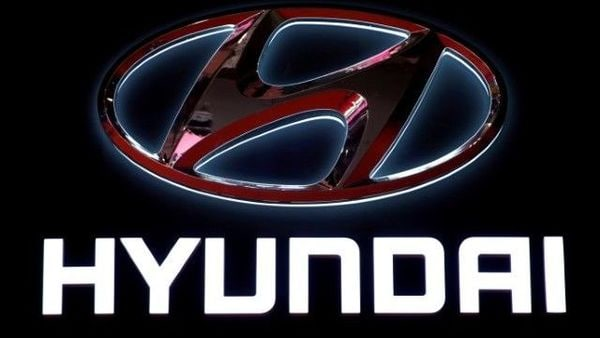 FILE PHOTO: The logo of Hyundai Motor is pictured at the second media day for the Shanghai auto show in Shanghai, China April 17, 2019. REUTERS/Aly Song/File Photo