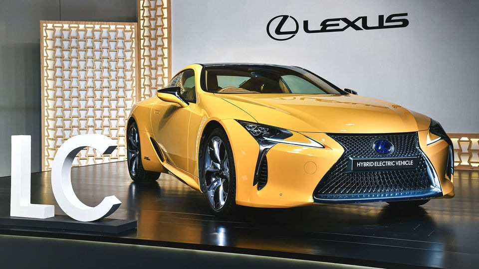 Lexus Launches Flagship Hybrid Electric Lc 500h Coupe Sedan At