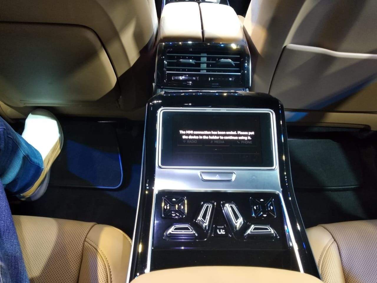 On the inside, the Audi A8 L gets a dual set set up to maximise comfort. The rear passenger on the left even gets a foot massager which accommodates feet of varying sizes.
