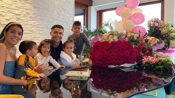 Cristiano Ronaldo tweted this photo on the occasion of his birthday.