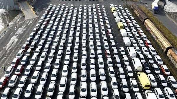 FILE PHOTO: Volkswagen export cars are seen in the port of Emden, beside the VW plant, Germany March 9, 2018. REUTERS/Fabian Bimmer/File Photo (REUTERS)