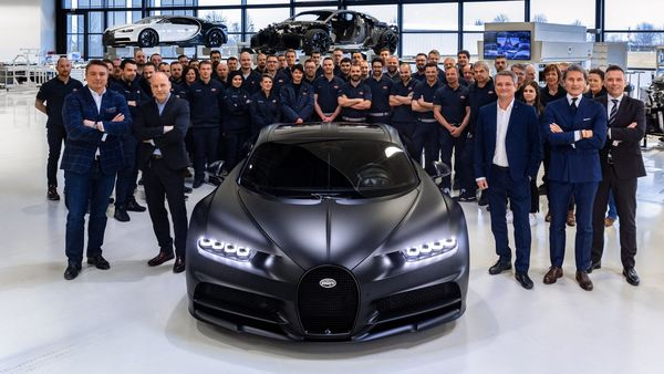After several weeks of hand construction, the 250th Chiron will leave the legendary Bugatti Workshop.