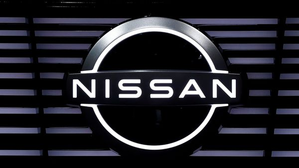 FILE PHOTO: A Nissan logo is pictured at the Tokyo Motor Show, in Tokyo, Japan October 24, 2019. REUTERS/Edgar Su/File Photo (REUTERS)