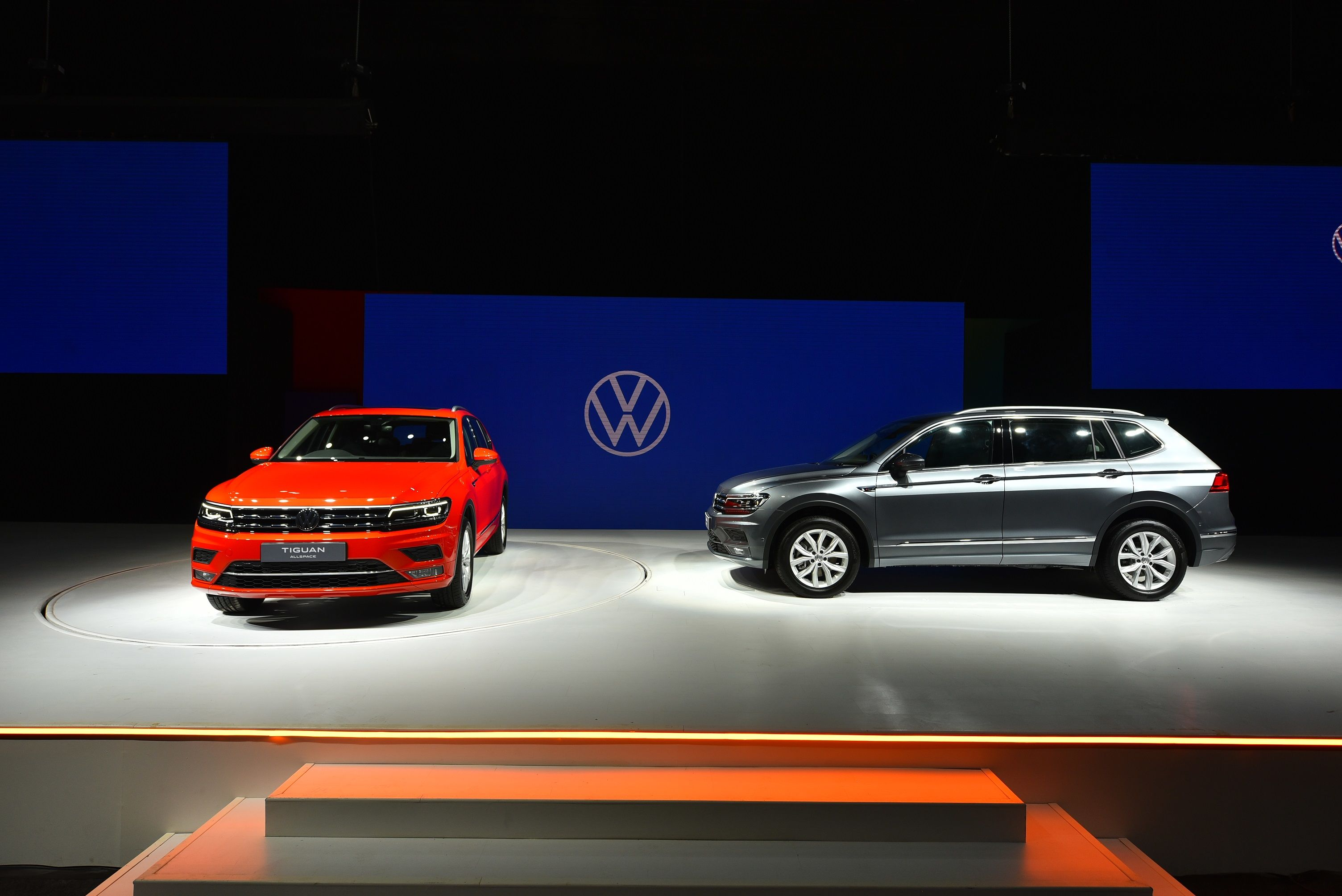 The new Tiguan AllSpace is slightly longer than the 5-seater Tiguan and comes in seven different colours.