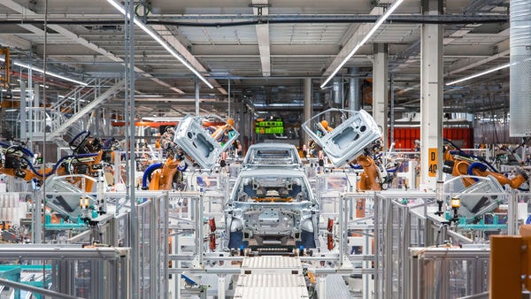 Volkswagen's first new generation electric car being built with Siemens automation technology