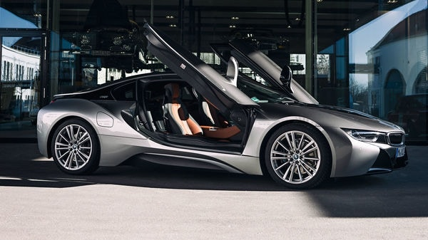 BMW i8 sports car will walk into the brand's Hall of Fame in April