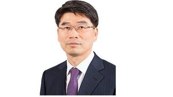 Mr. Ho-sung Song, President, Kia Motors Corporation