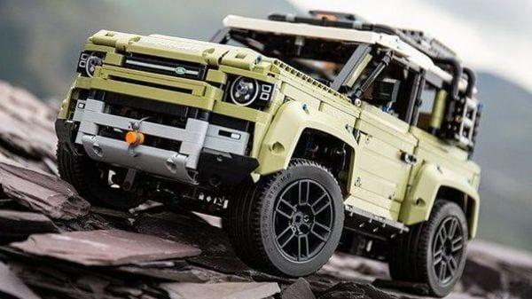 Lego version of Land Rover Defender.