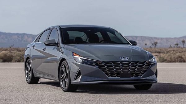 Photo of the new 2021 Hyundai Elantra Hybrid