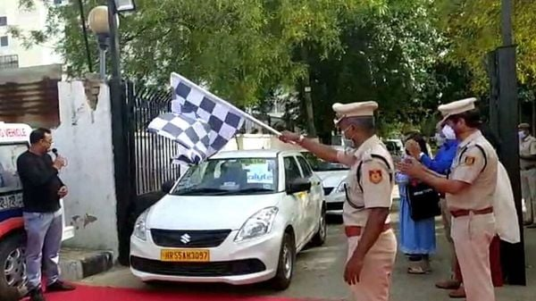 Dwarka District Police has partnered with Mahindra Logistics (Alyte) to launch free cab service for senior Citizens and women in need of support in Dwarka.