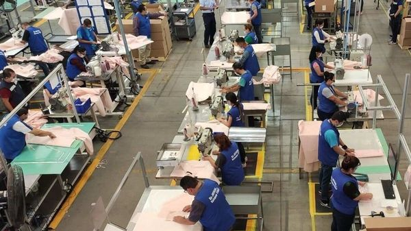 Ford is leading efforts to manufacture reusable gowns with airbag supplier Joyson Safety Systems.
