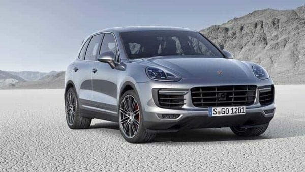 Porsche expects the sales situation to improve in the upcoming months, also because the Chinese market is on the path to revival.