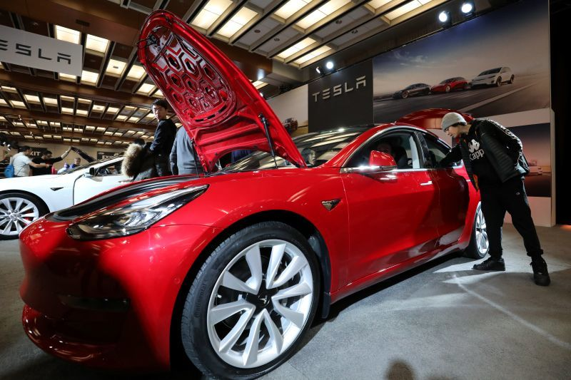 Tesla Model 3 to enter India in 2021, bookings to begin ...