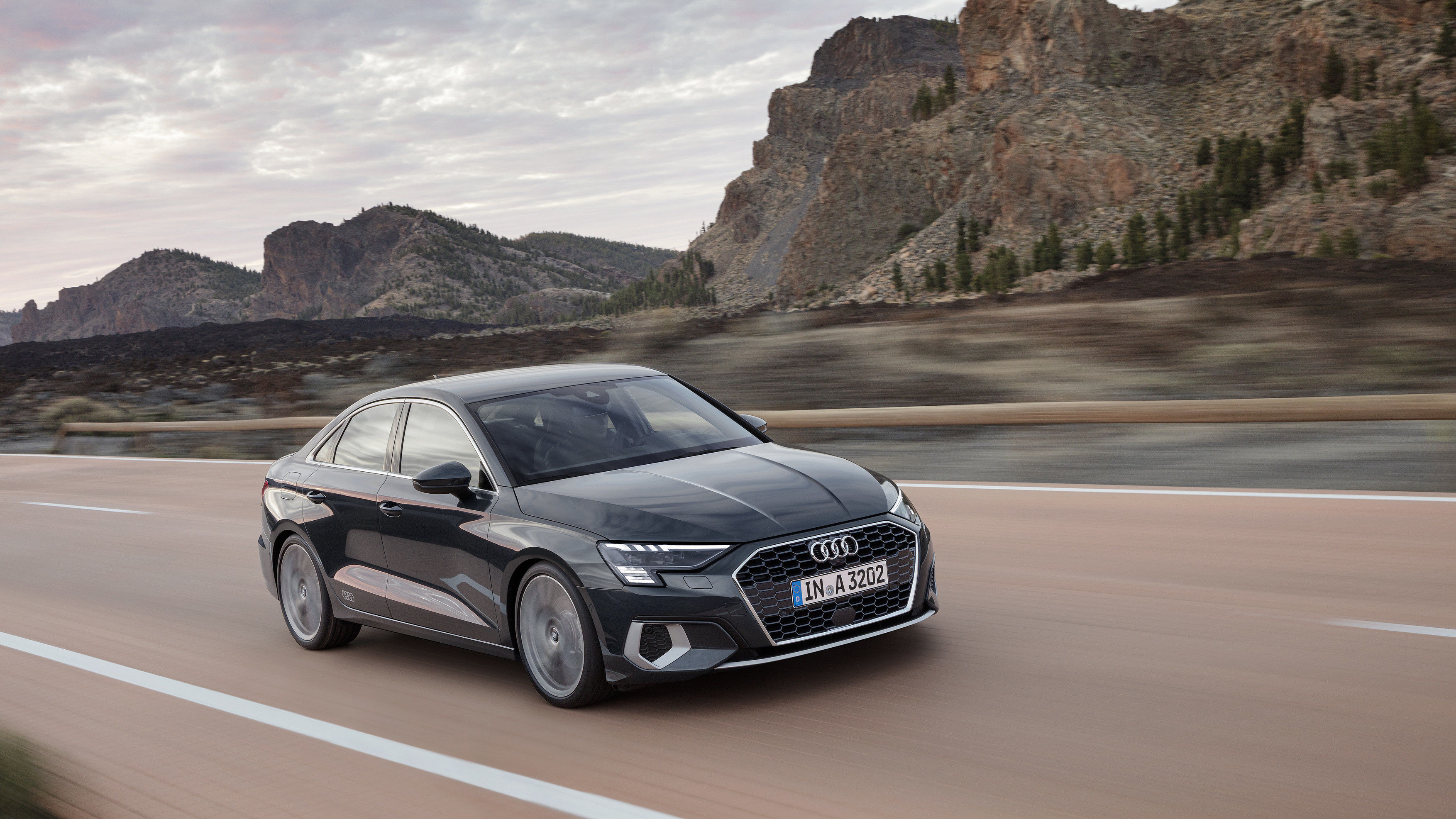The new Audi A3 will be initially available with a choice of a TFSI petrol engine and a TDI diesel. The 35 TFSI delivers 110 kW/150 hp and is standard paired with a seven-speed S tronic dual-clutch transmission.