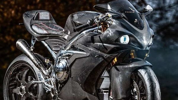 Norton has updated its sports bike editions with a more powerful 650cc Superlight SS bikes. Photo courtesy: http://www.nortonmotorcycles.com/