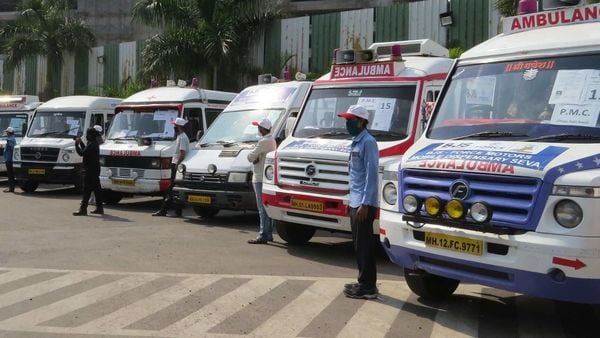 This initiative by Force Motors was started on April 1 with 30 mobile dispensary vans completely equipped with doctors, support staff and medicines. (Photo courtesy: Force Motors)