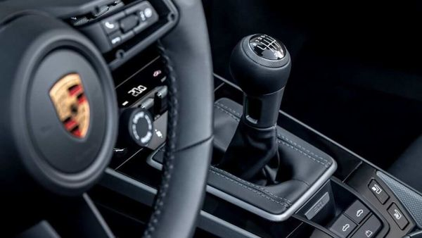 A seven-speed manual transmission can now be ordered for all 911 Carrera S and 4S models at no extra cost.