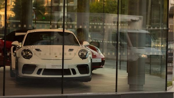 The company has also assured that the Porsche Centers will process the extension automatically. (Bloomberg)