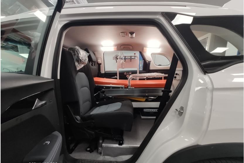 The ambulance also has a jump seat for attendant. It additionally gets an inverter with battery and sockets as well as a few other medical equipment.