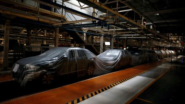 File photo: BMW's net profit fell 2.4% to 574 million euros ($620 million) in the first three months of the year. (REUTERS)
