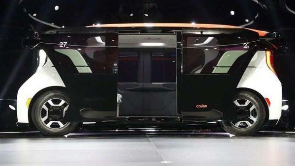 The Cruise Origin autonomous vehicle, a Honda and General Motors self-driving car partnership, is seen during its unveiling in San Francisco, California, U.S. January 21, 2020. REUTERS/Stephen Lam