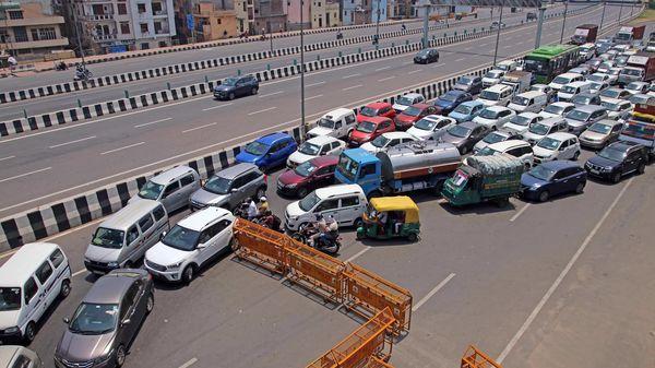 Heavy traffic jam seen at Yamuna Bridge on Vikas Marg during the fourth phase of lockdown amid coronavirus pandemic, in New Delhi on Monday (May 18)