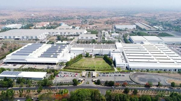 The plant in Maharashtra's Ranjangaon is a 50:50 joint venture between Fiat Chrysler Automobiles (FCA) India and Tata Motors.