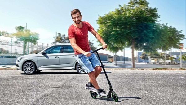 Made of steel and aluminium, the Skoda scooter weighs less than five kilograms but can carry up to 100 kilograms.