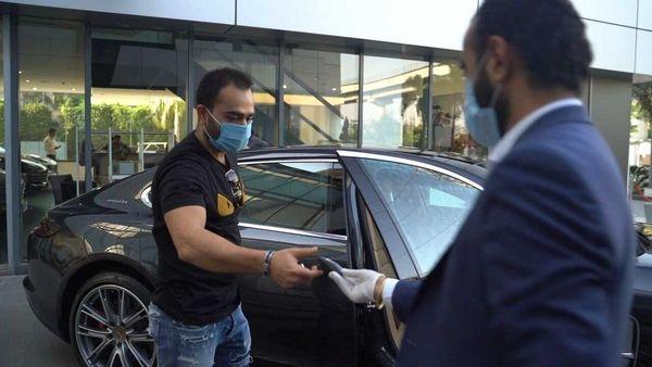 Vikas Kohli receiving the keys of his Panamera Turbo. (Photo courtesy: Instagram/porsche_in)
