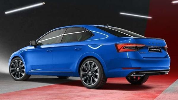 The facelift version of the Skoda Superb sedan comes with several upgrades compared to its older versions.