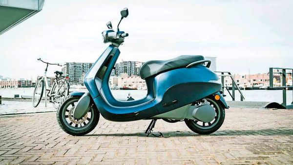 File photo of a Etergo electric scooter produced by the Dutch two-wheeler maker. (Photo courtesy: Etergo)