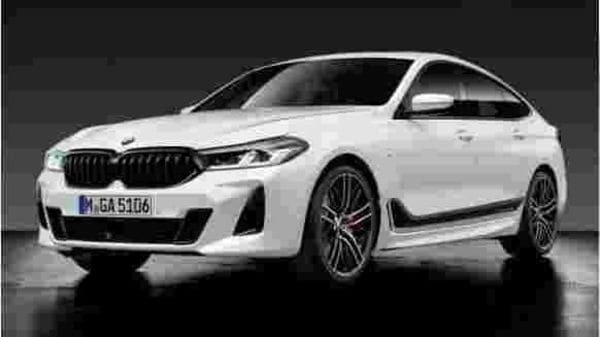 The M Sport package also get a new rear diffuser. Adaptive LED headlights with matrix function and BMW LaserLight technology will also be offered as an option.