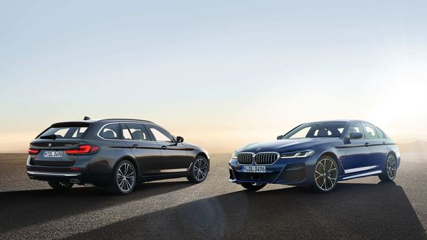 BMW has unveiled the 5 Series sedan in a global premier through the digital platform.