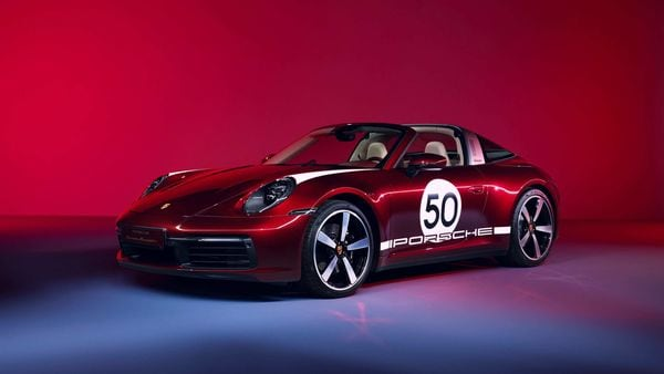 The retro model will be a state-of-the-art 911 with design elements from the 1950s and early 60s.