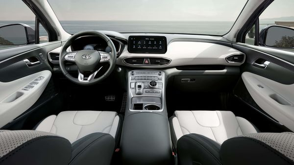 The 2020 Santa Fe's redesigned interior now provides plenty of premium soft-touch materials. The centre console sits high, giving the driver and front passenger the feeling of sitting in an armchair.