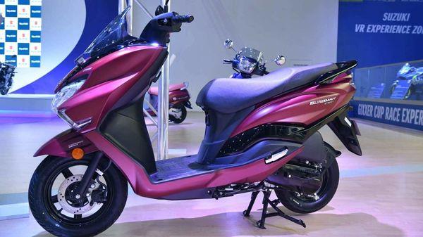 Photo of BS 6-compliant Suzuki Burgman Street scooter on display at the Auto Expo 2020.