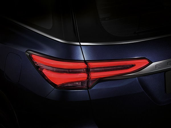On the exterior, the 2020 Fortuner gets a new front grille, bumper design and head lights that further accentuate the purposeful yet stylish front appeal of the SUV. Over at the rear, the LED tail lights have been given a sleeker makeover.
