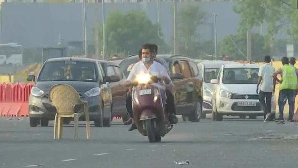 Delhi has opened its borders from Monday for regular movement of vehicles. (photo courtesy: Twitter/@ANI)