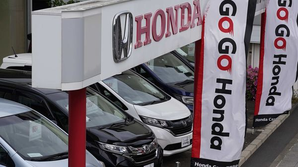 Honda Motor temporarily halted shipments from some of its factories in Japan due to a suspected cyberattack that disrupted its internal network. (Bloomberg)